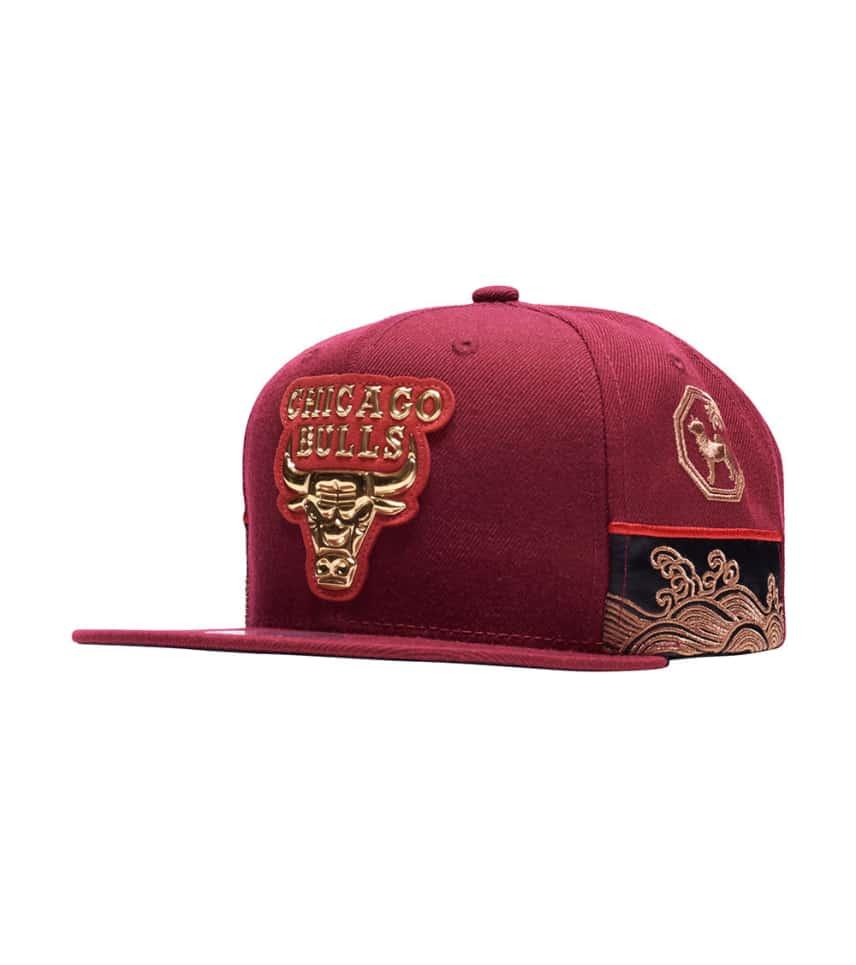 00b8ce60 MITCHELL AND NESS Chicago Bulls CNY Snapback (Burgundy ...