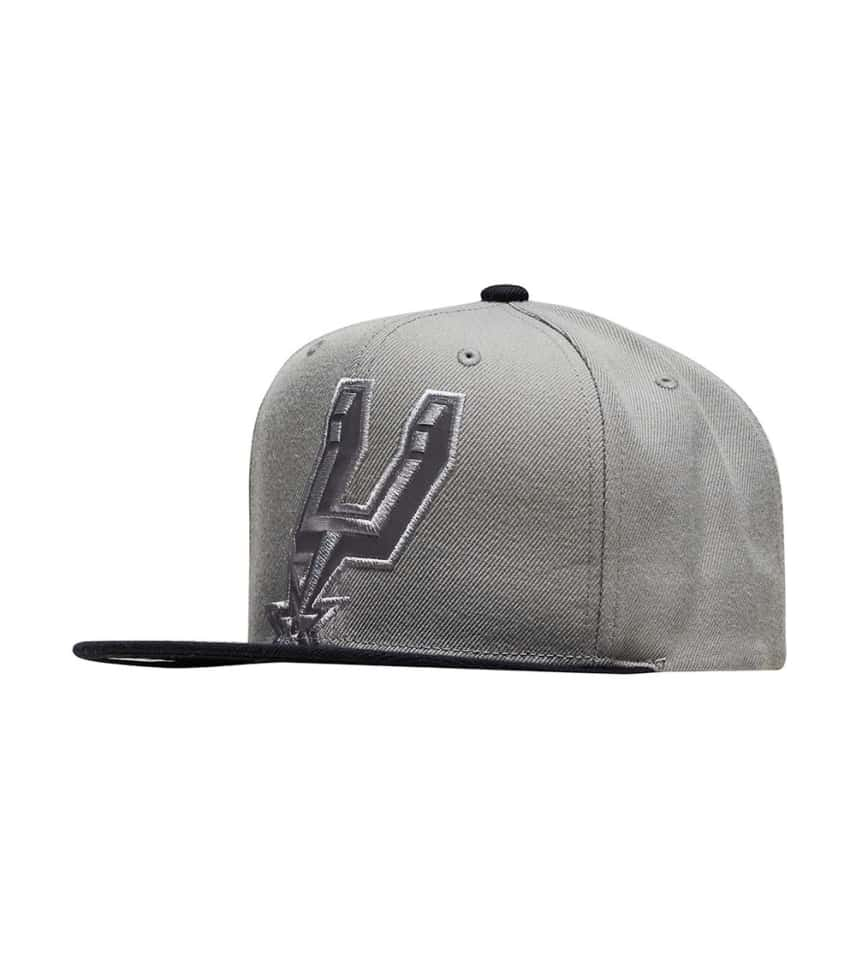 c720eb6f5e20e ... best price mitchell and nessspurs cropped satin snapback be598 47bd2