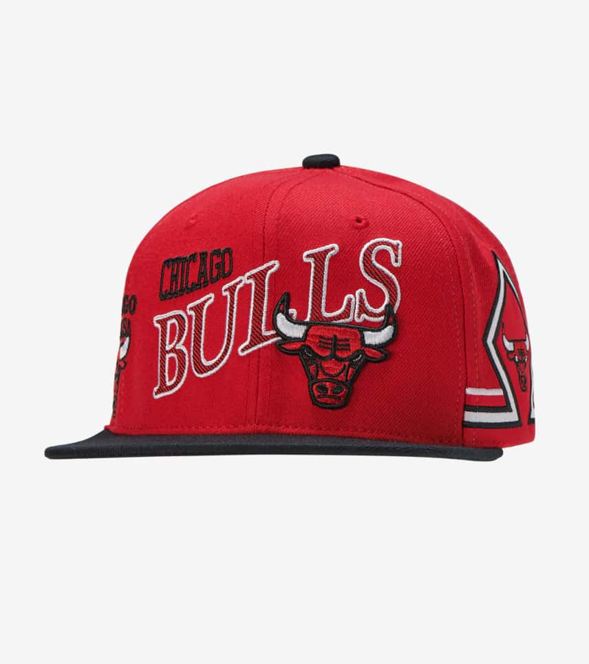 04bc3197a42 ... Mitchell and Ness - Caps Snapback - Chicago Bulls Snapback ...