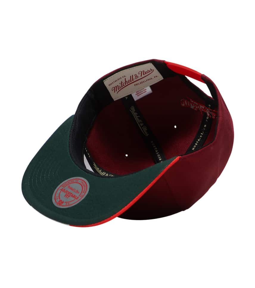 bfd745c5871 ... Mitchell and Ness - Caps Snapback - Cavs City Flag Snapback Cap