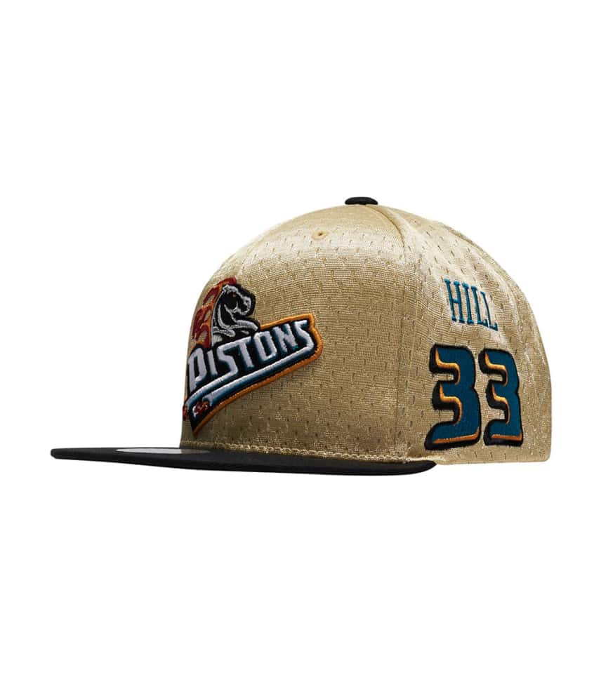 Mitchell and Ness Detroit Pistons Gold Paint Snapback (Gold ... 07b8547d22e4