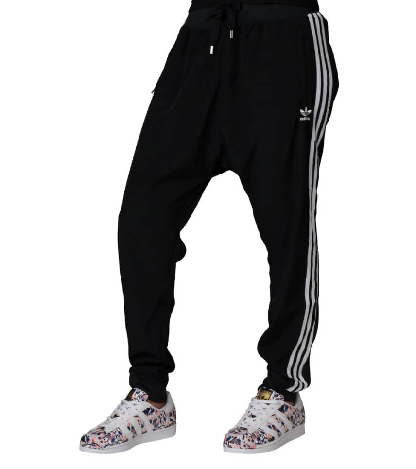 bae71f7218d3 adidas 3 STRIPE DROP CROTCH CREPE PANT (Black) - BJ8186-001