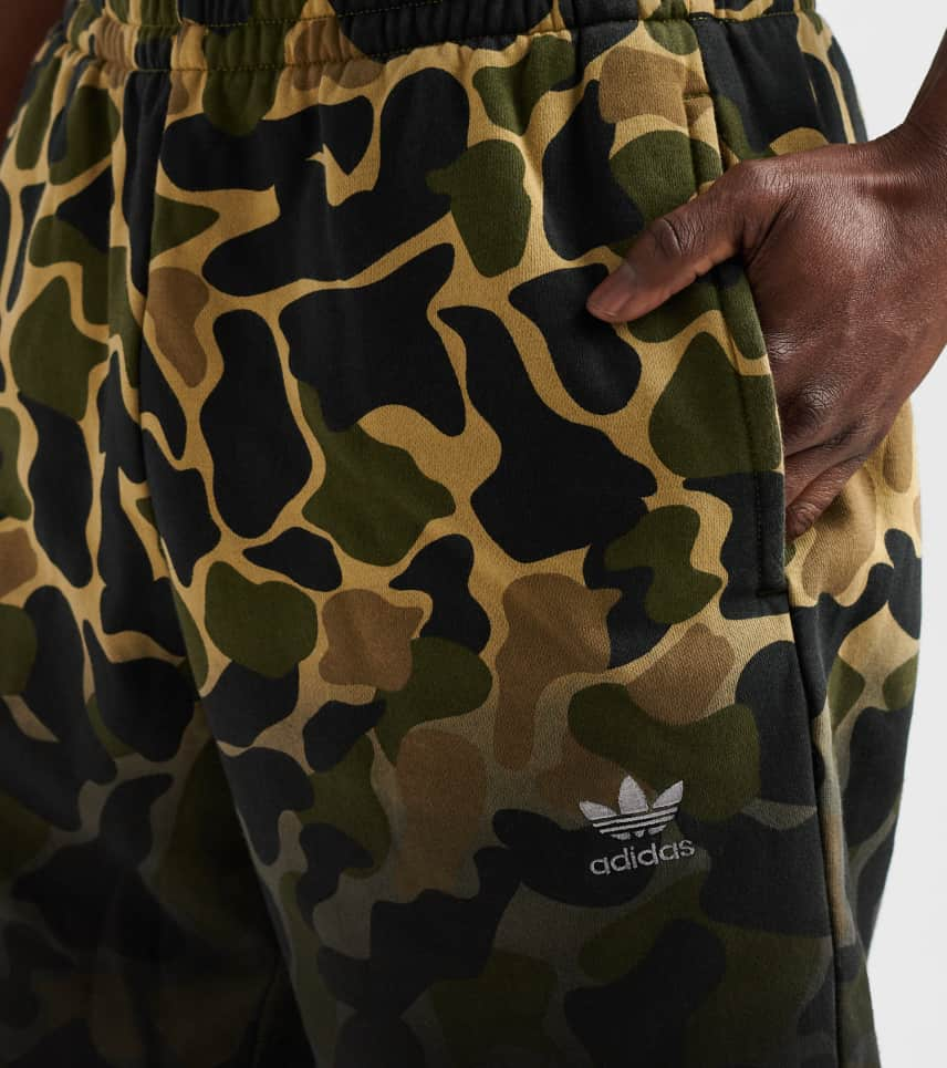 973aabf023be8 adidas Camo Shorts (Multi-color) - CE1546-997 | Jimmy Jazz