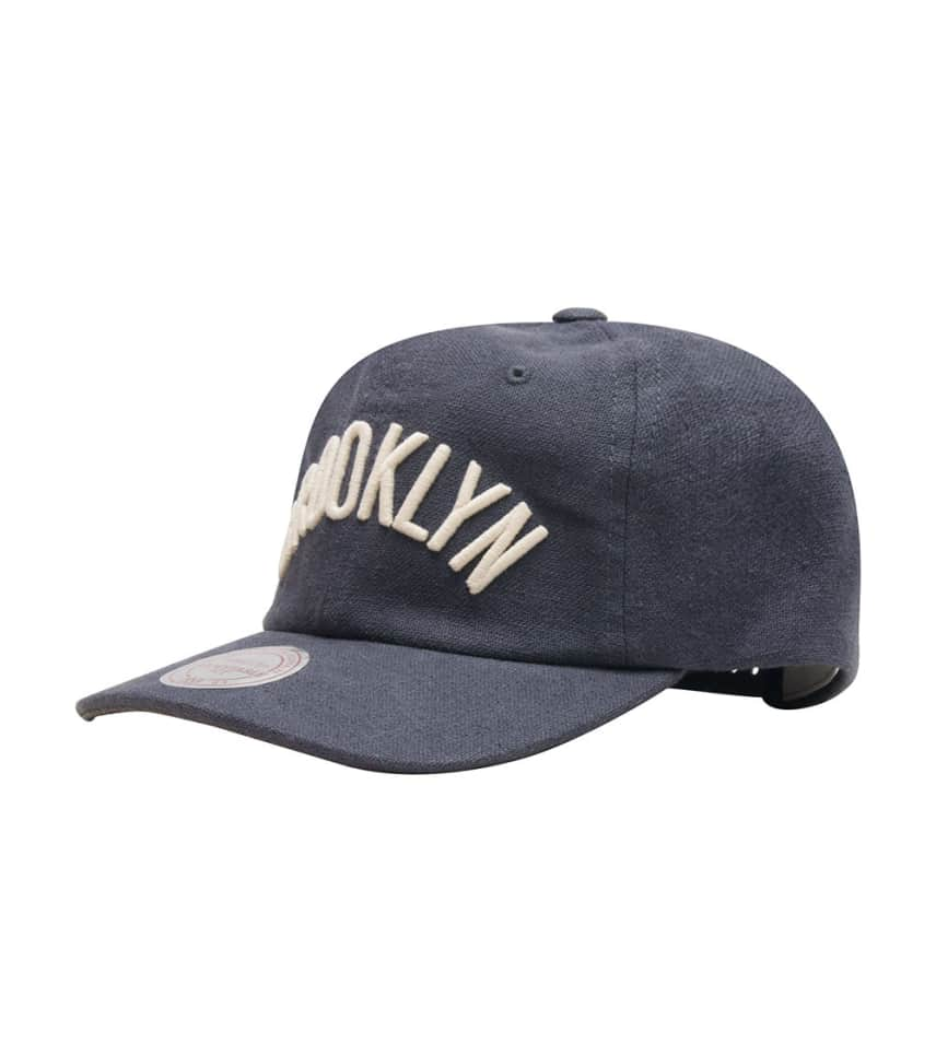 hot sale online 09bc6 3969e Mitchell and Ness Broooklyn Nets Dad Hat