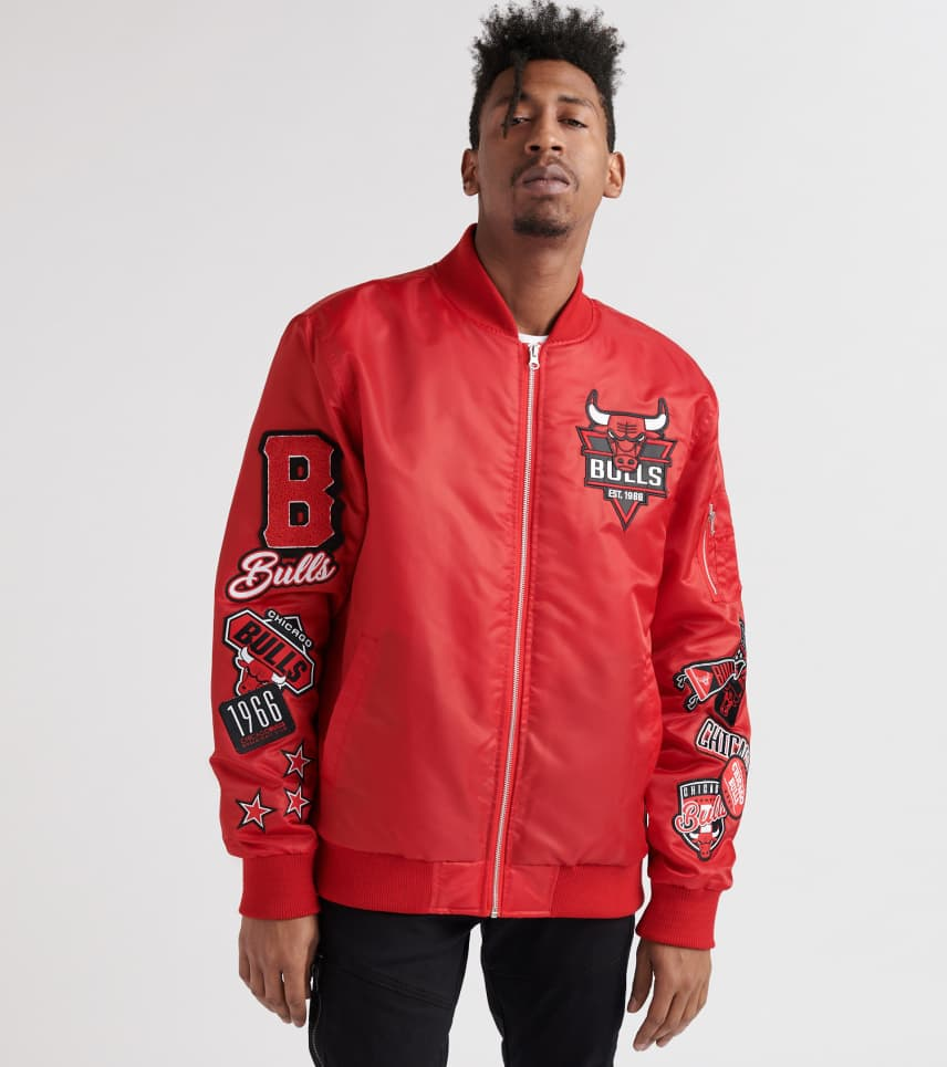 Bedwelming UNK Chicago Bulls Bomber Jacket (Red) - GOM5876F-RED | Jimmy Jazz &HW22
