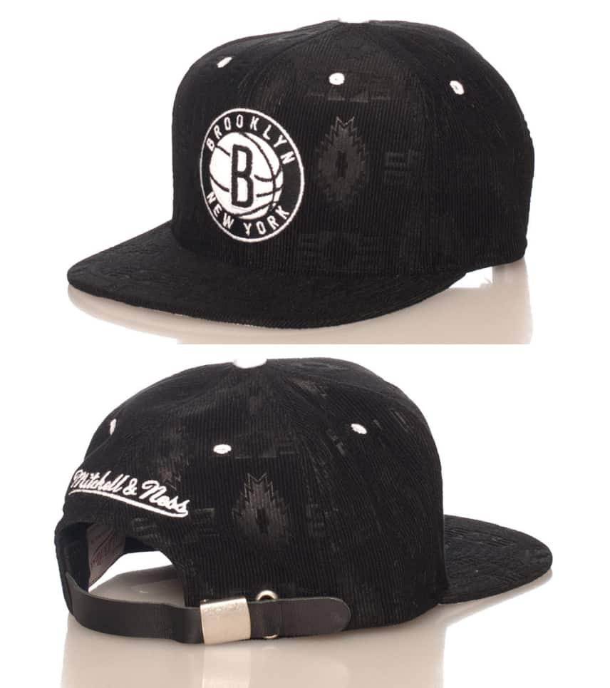 best sneakers bf3d5 6ccd9 MITCHELL AND NESS CORDUROY BROOKLYN NETS NBA STRAPBACK CAP