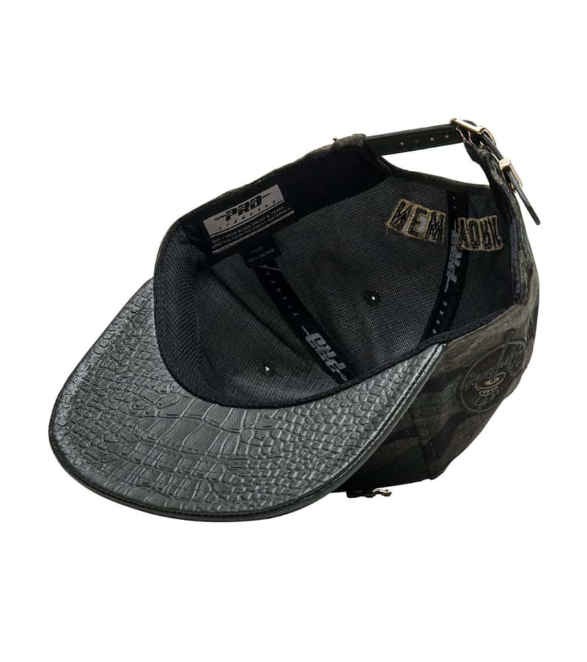 8acc39c0161a9 ... Pro Standard - Caps Snapback - NY Yankees Camo Leather Strapback