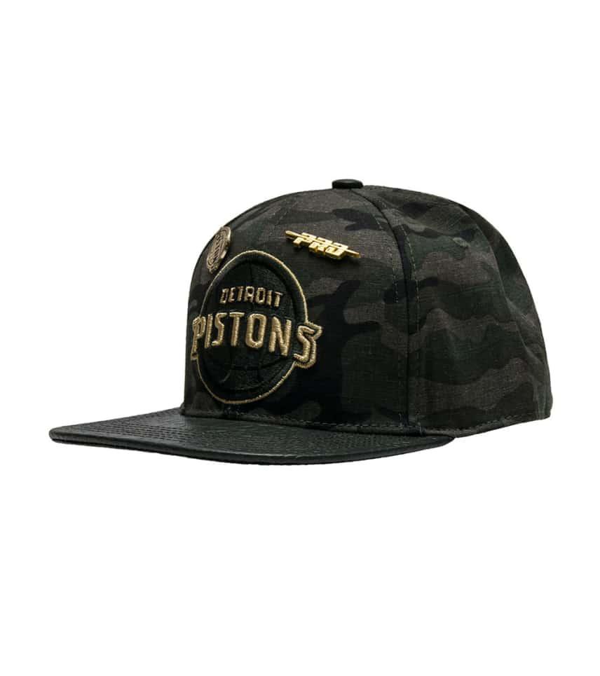 Pro Standard Detroit Pistons Leather Strapback (Dark Green ... 80338da2978