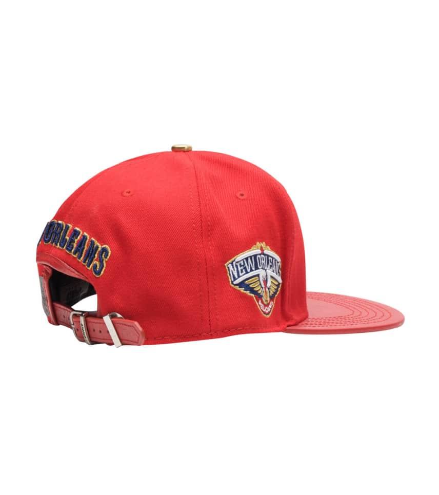 ... Pro Standard - Caps Snapback - PELICAN BALL LOGO LEATHER STRAPBACK HAT  ... 1e93f4dbce5
