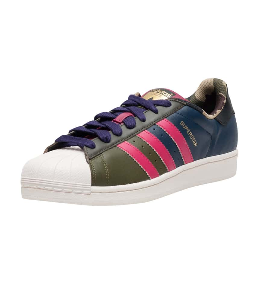 new arrival d96a9 7c0c0 adidas SUPERSTAR ODDITY PACK
