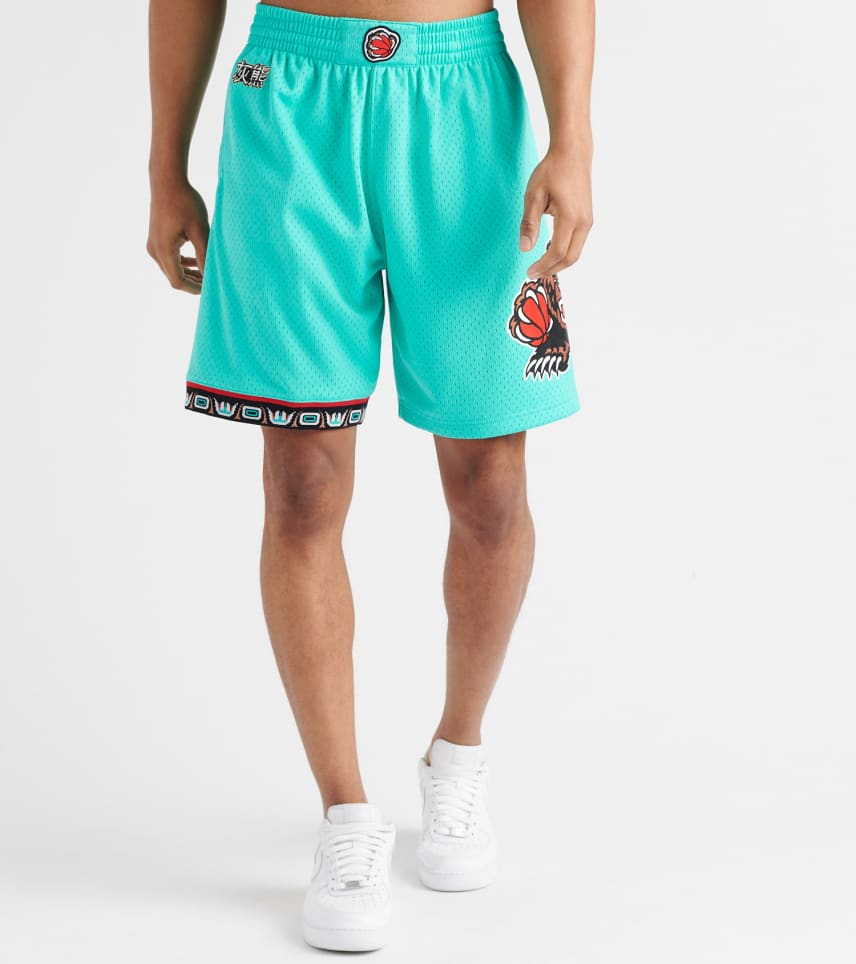 895a0b4428 MITCHELL AND NESS Vancouver Grizzlies Swingman Shorts (Medium Green ...