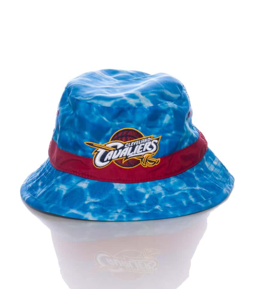Mitchell and Ness Cavaliers Surf Camo Bucket Hat (Medium Blue ... 47a2abfca30