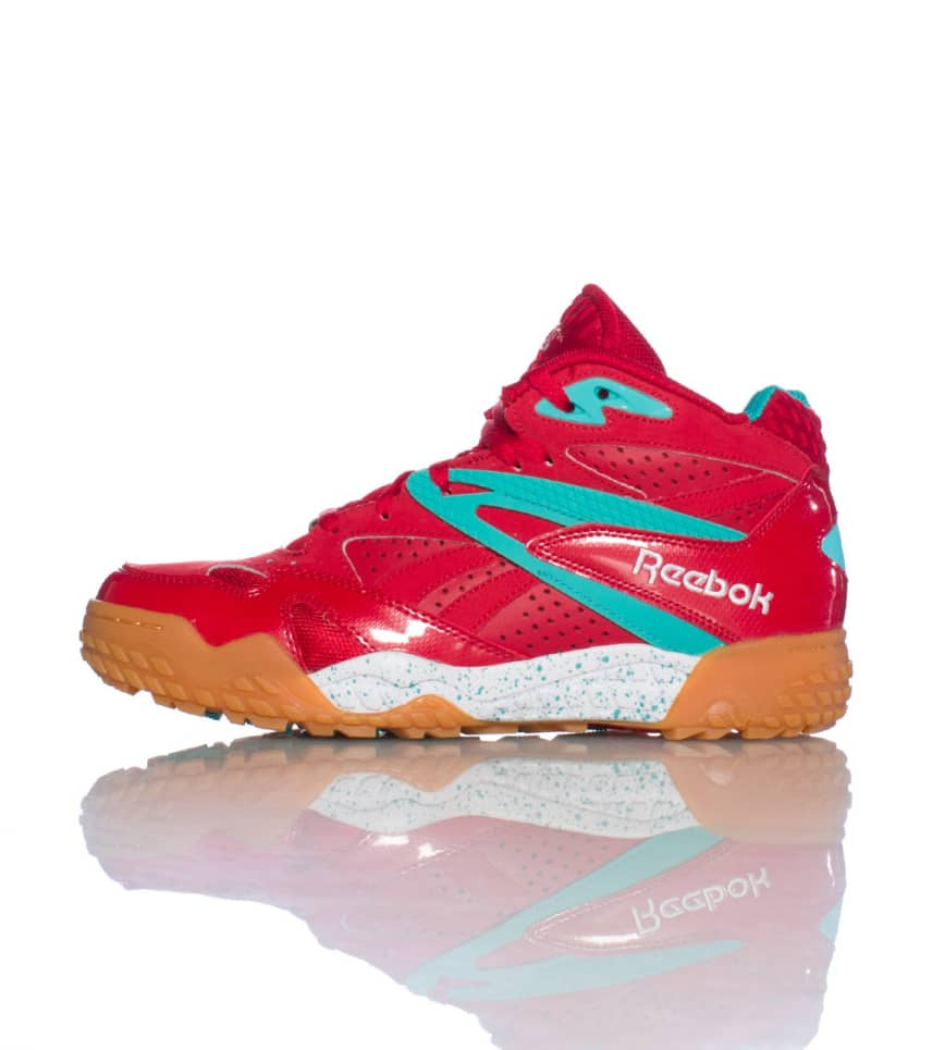 separation shoes 871c1 f26b4 REEBOK SCRIMMAGE MID SNEAKER