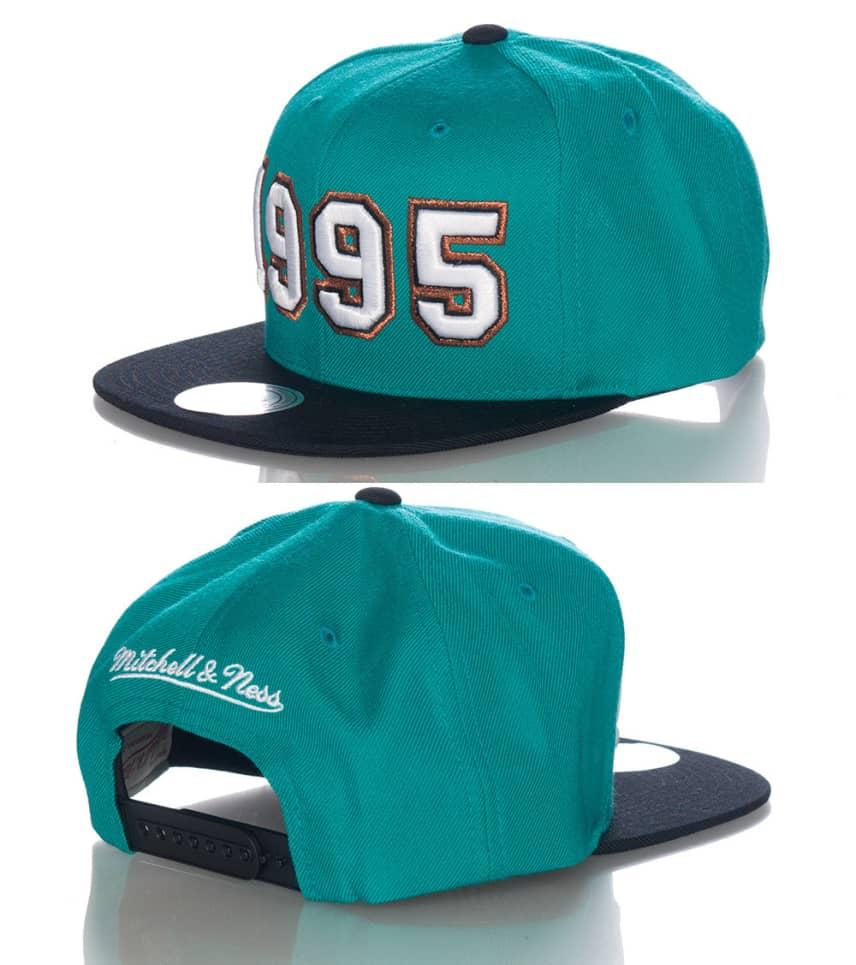 eb81ae59 Mitchell and Ness MEMPHIS GRIZZLIES NBA SNAPBACK CAP (Medium Green ...