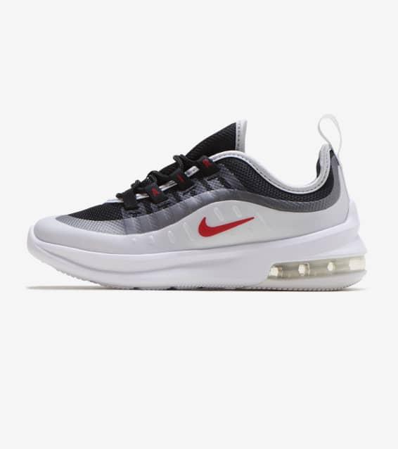 3d51cacea4e3b3 Nike - Shoes   Sportswear
