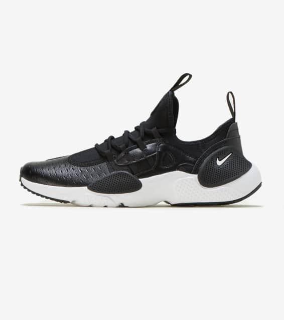 Nike - Shoes   Sportswear  ef67849df2