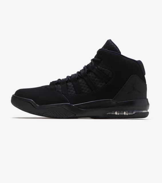 best sneakers 18ada 8840f Jordan Max Aura Basketball Sneaker