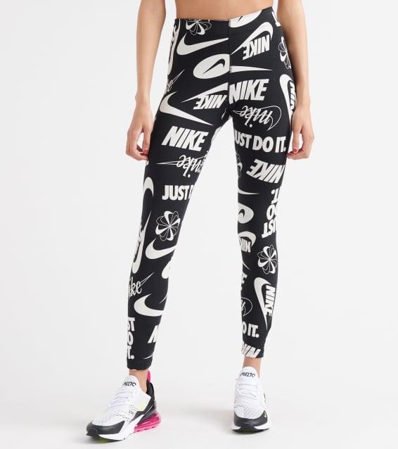 388a7ec01f005 Nike All-Over Print Legasee Logo Leggings