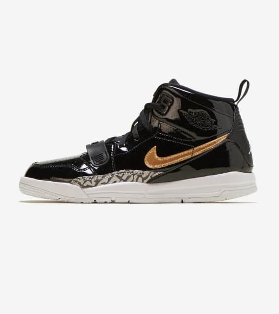 417692dd6ecd0 Jordan - Basketball Shoes   Sportswear