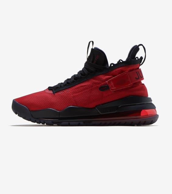 b2220d52916b2 Jordan - Basketball Shoes   Sportswear
