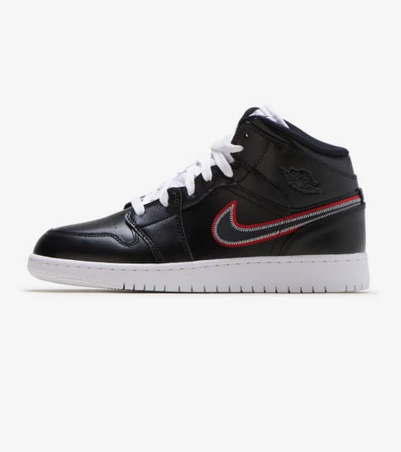 big sale 64c9b 26103 Jordan 1 Mid SE Shoe