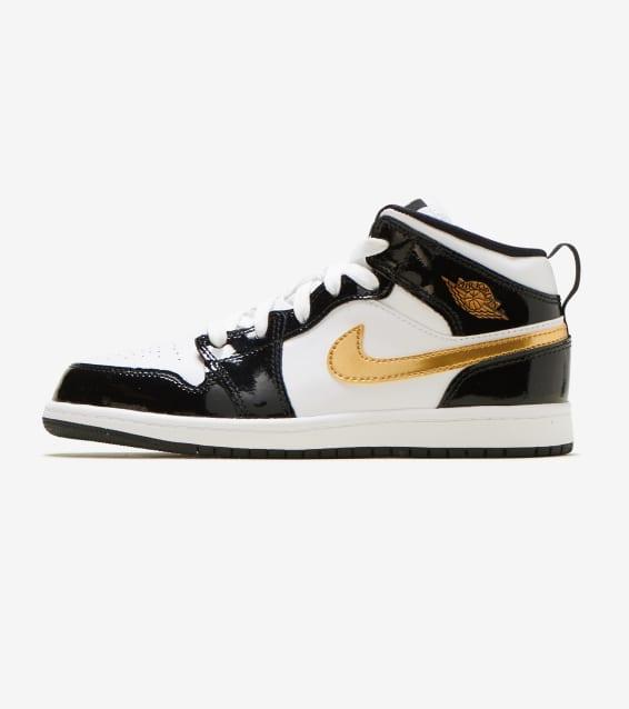 9d3d2fd712be Jordan - Basketball Shoes   Sportswear