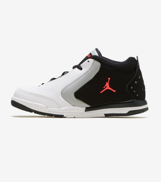 f4b021e6f5ca Jordan - Basketball Shoes   Sportswear