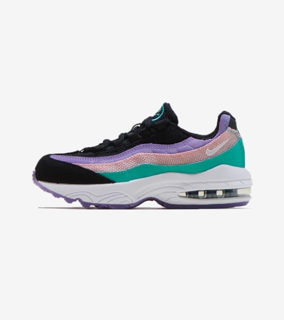 9e76cd048ee Nike - Shoes   Sportswear