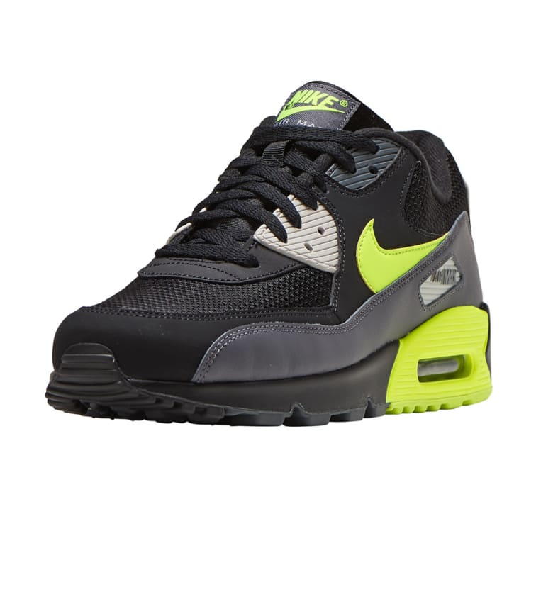 Buy Nike Air Max 90 Essential Only $90 Today | RunRepeat