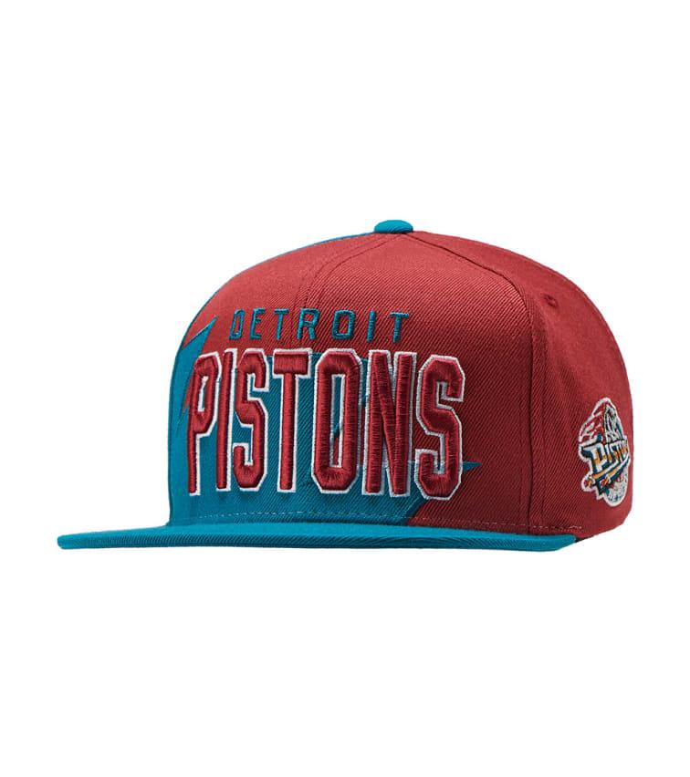 Mitchell and Ness Detroit Pistons Shark Tooth Snapback (Medium Blue ... a68da9d3e93