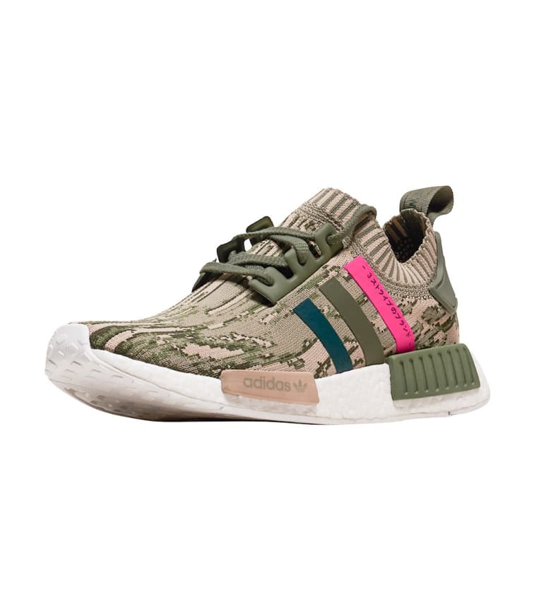 separation shoes ae8fa e8f47 Nmd R1 Pk in Green